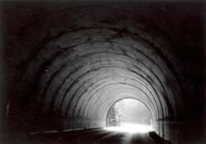 Light_at_end_of_the_tunnel